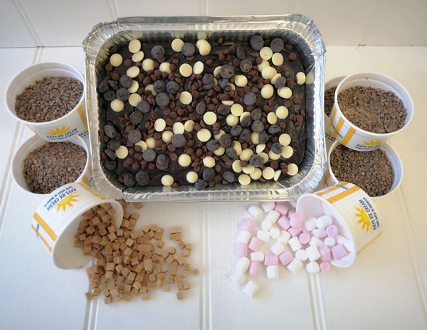 Rays Ice Cream Hot Chocolate Bundle, tray of 6 brownies, 6 hot chocolates to make a home, with toppings